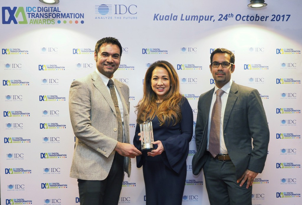1024 - From left to right - Sudev Bangah, Managing Director IDC ASEAN, Dato Rohana Rozhan, Astro Group CEO, Pranabesh Nath, Research Director, IDC Malaysia