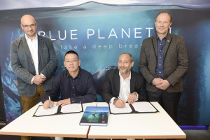 Left to right: James Honeyborne, Executive Producer of Blue Planet II,  Mr Lexian Zhu, Deputy Director of Tencent Penguin Pictures Documentary Studio, David Weiland, EVP Asia, BBC Worldwide Asia and Julian Hector, Head of The Natural History Unit, BBC Studios